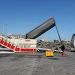 Cargo ship loading system